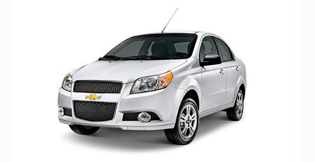 Chevrolet Aveo (M) o Auto Compacto Similar